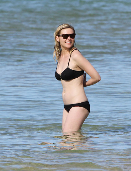 Kirsten Dunst Gets Away to Hawaii For Beer and Bikini Time