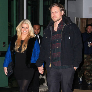 Pregnant Jessica Simpson Pictures in NYC With Eric Johnson
