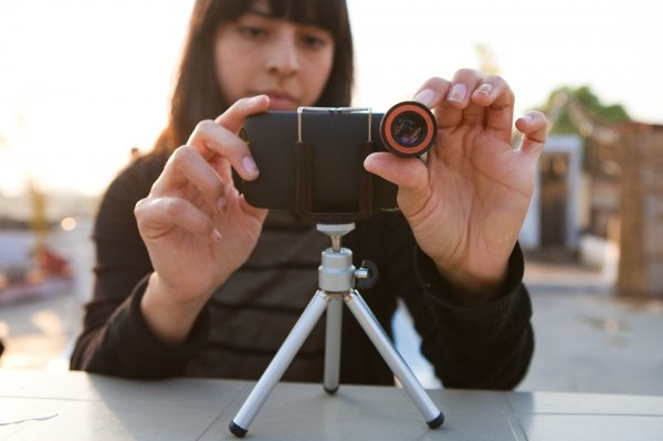 iPhone 4/4S Telephoto Lens Kit ($35)
