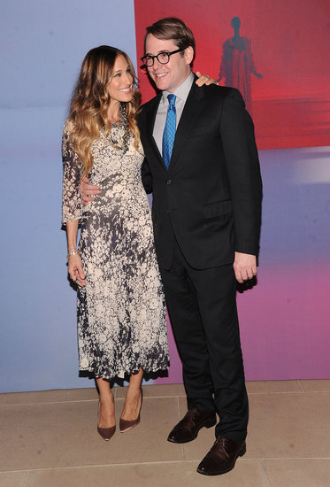 Sarah Jessica Parker and Matthew Broderick had a moment of marital bliss at a Valentino party in NYC.