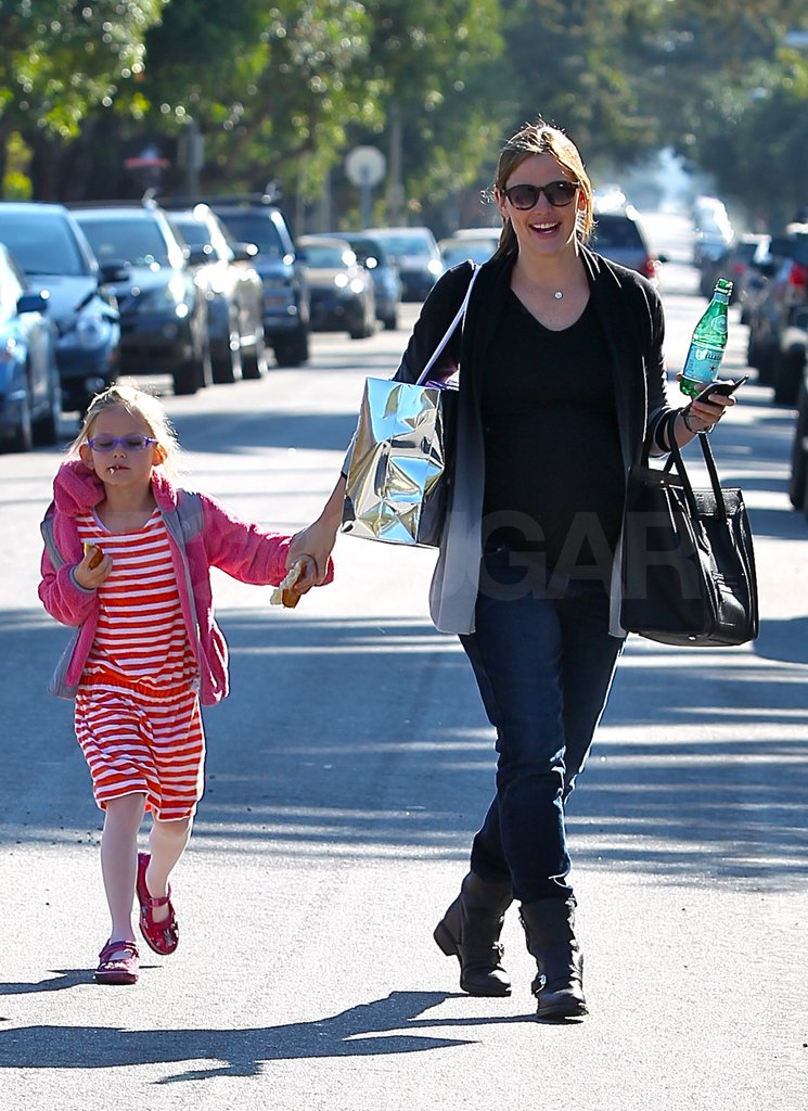 Jen and Violet were all smiles on their weekend outing.