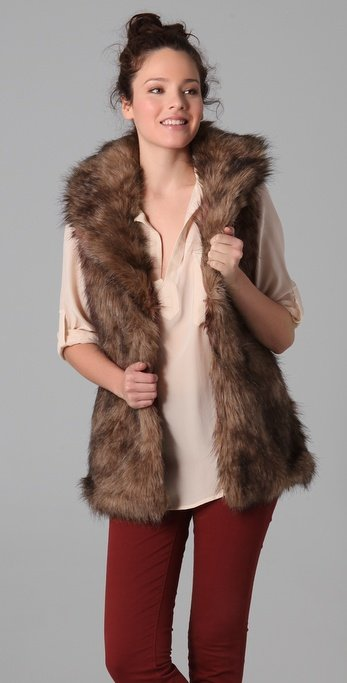 BB Dakota Ladonna Faux Fur Vest ($105)
