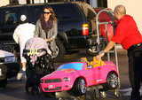 Jessica Alba Picks Up a Bright Pink Holiday Surprise For Honor!