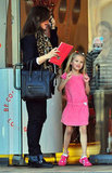 Jennifer Garner left a salon with Violet.