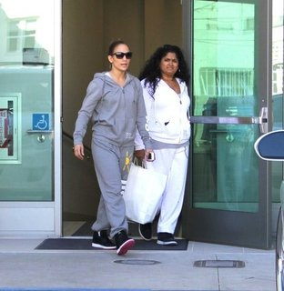 Jennifer Lopez Valentino Shopping in Sweats Pictures