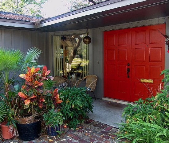 Get this glossy red door by using porch floor enamel!