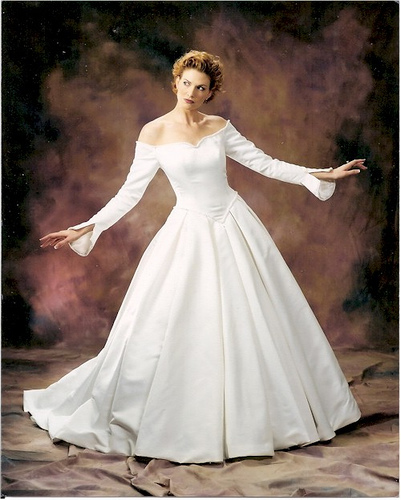 wedding dresses with sleeves 2011