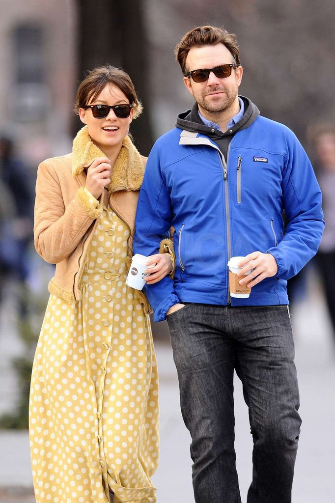 Jason Sudeikis and Olivia Wilde smiled as they walked around NYC.