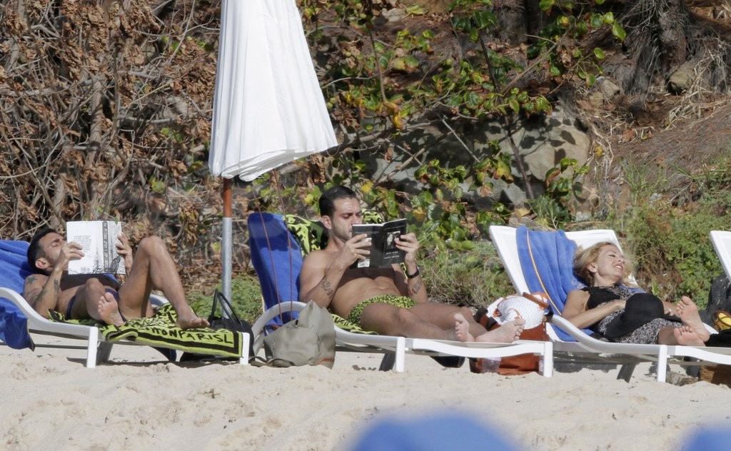 Rachel Zoe lounged in St. Barts with Lorenzo Martone and Marc Jacobs.