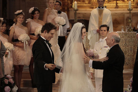 John Shea as Harold Waldorf, Leighton Meester as Blair Waldorf and Wallace Shawn as Cyrus Rose on Gossip Girl.  Photo courtesy of The CW