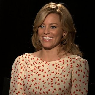 Elizabeth Banks Talking About The Hunger Games [Video]