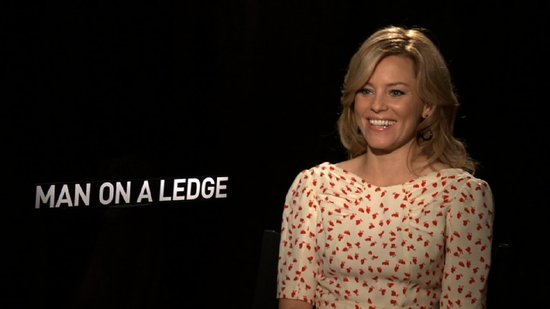 "Elizabeth Banks Talks Hunger Games Excitement and ""Devoting"" Herself to Effie"