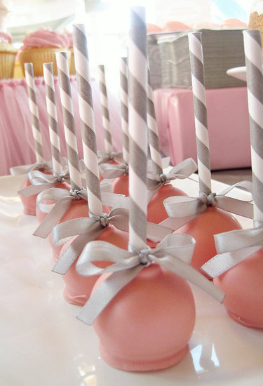 Color-Coordinating Cake Pops