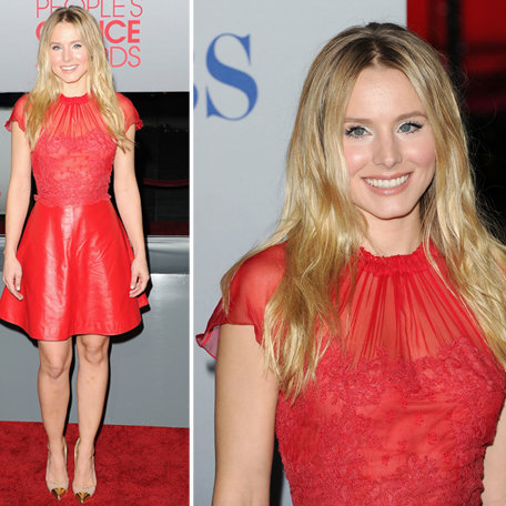 Pictures of Kristen Bell in Valentino Red Leather Skirt and Lace Top on the Red Carpet at the 2012 People's Choice Awards