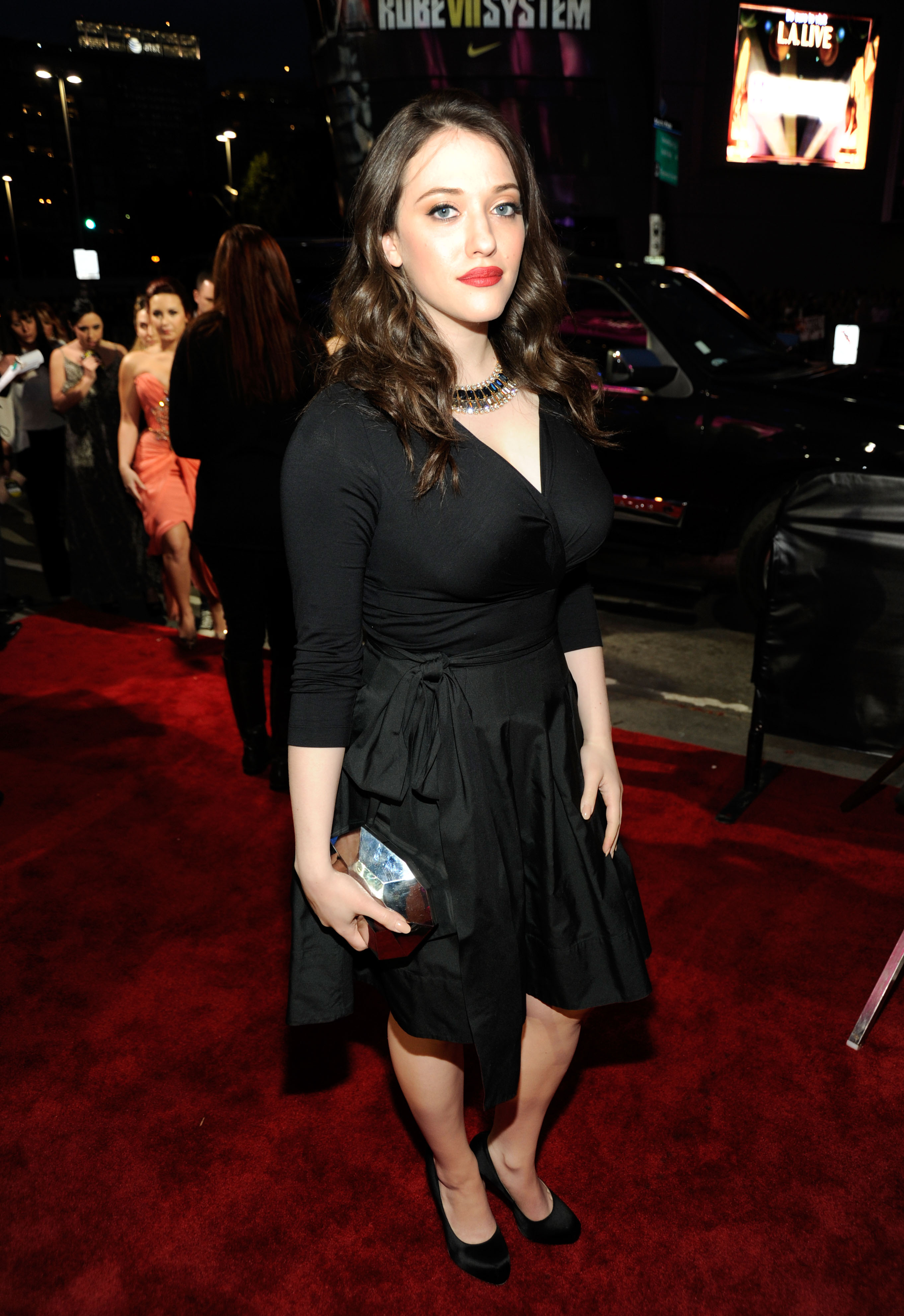 Kat Dennings in black at the People's Choice Awards.