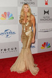 Elle Macpherson posed on the NBC post-Golden Globes party red carpet.