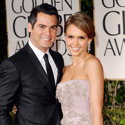 Jessica Alba Gucci Dress Pictures at 2012 Golden Globes