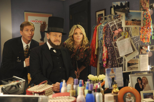 Jenna and Kenneth spend some time with Grammer in his dressing room.  Photo courtesy of NBC