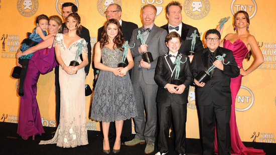 "Video: Modern Family Cast Talks ""Unbelievableness"" and Underwear Backstage at the SAG Awards"