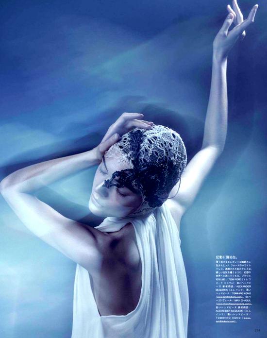 Vogue Japan_ის 2012 წლის მარტის ნომერი