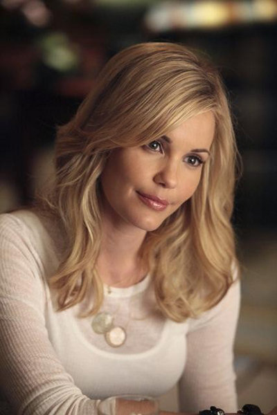 Leslie Bibb in GCB. Photos copyright 2012 ABC, Inc.