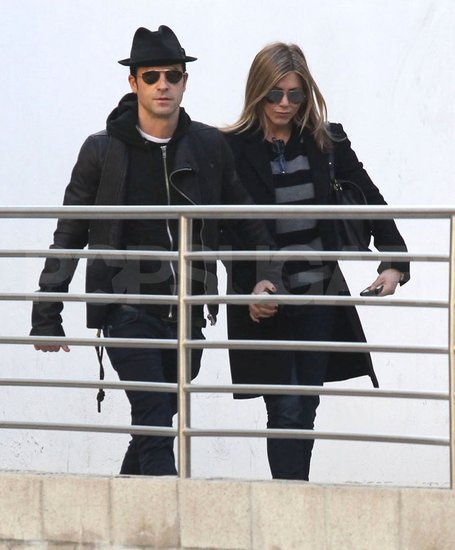 Jennifer Aniston and Justin Theroux walked into a movie theater.