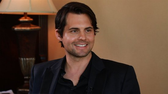 "Kristoffer Polaha Says ""Henry's Going to Go Dark"" on Ringer"