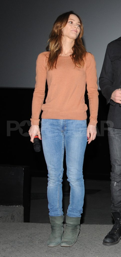 Vanessa Paradis did press in Paris.