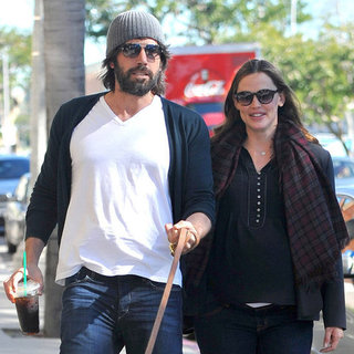 Jennifer Garner and Ben Affleck With Dog in LA Pictures