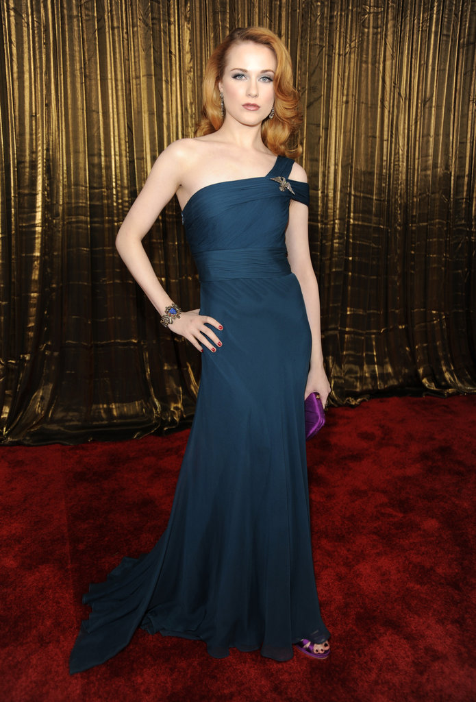 Evan Rachel Wood pulled off the Old Hollywood vibe effortlessly in a dark teal Monique Lhuillier gown in 2009.