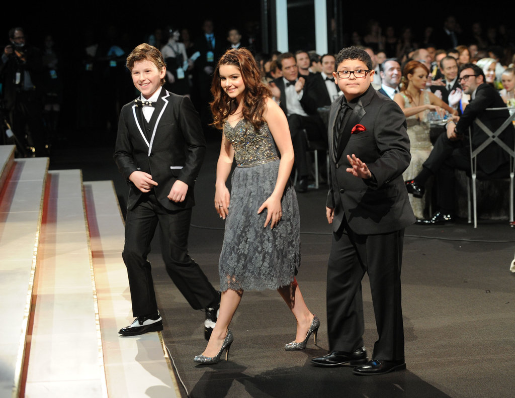 The Modern Family kids got up to accept their award.
