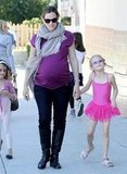 Jennifer Garner walked Violet Affleck home from ballet class.