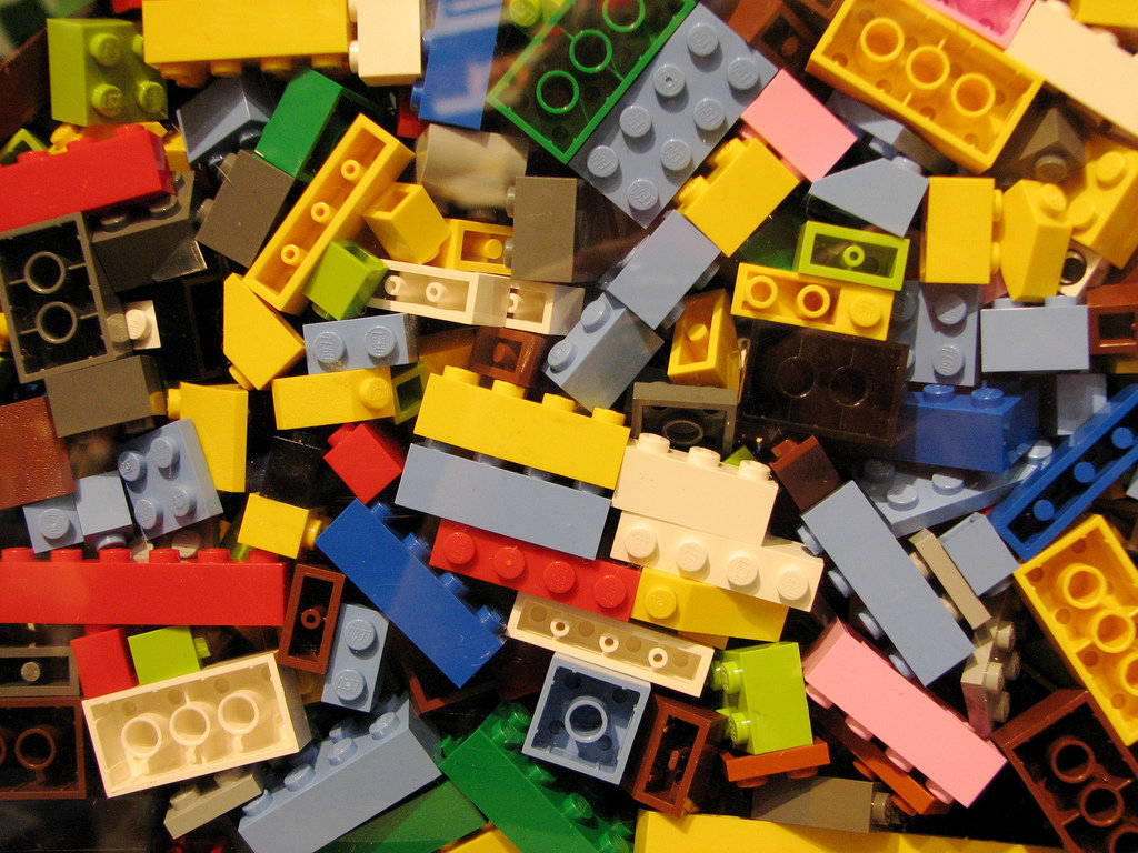 Mommy's Lil Helper: The Best Ways to Store Legos