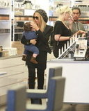Rachel Zoe Preps For a Very Fashionable Few Weeks With Baby Skyler
