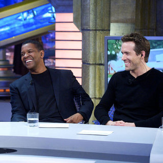 Ryan Reynolds and Denzel Washington on El Hormiguero