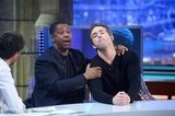 Denzel roughed up Ryan during the interview.