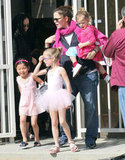 Jennifer Garner and Seraphina accompanied Violet to ballet class.