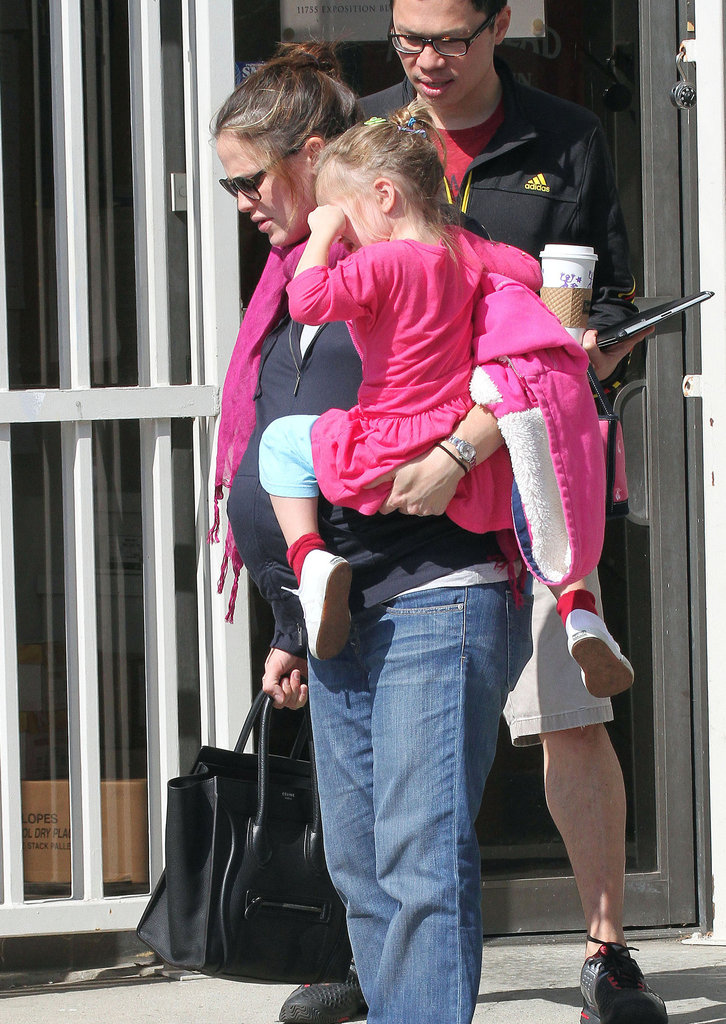 Seraphina Affleck looked just like Jennifer Garner in her bright pink dress.