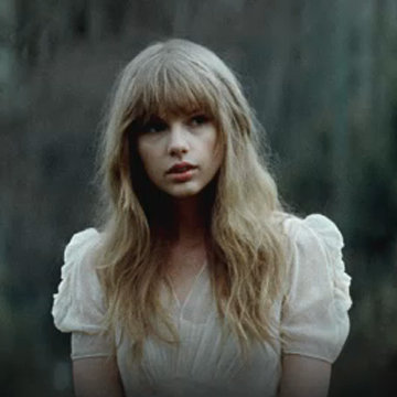 "Taylor Swift Hunger Games Music Video For ""Safe & Sound"""