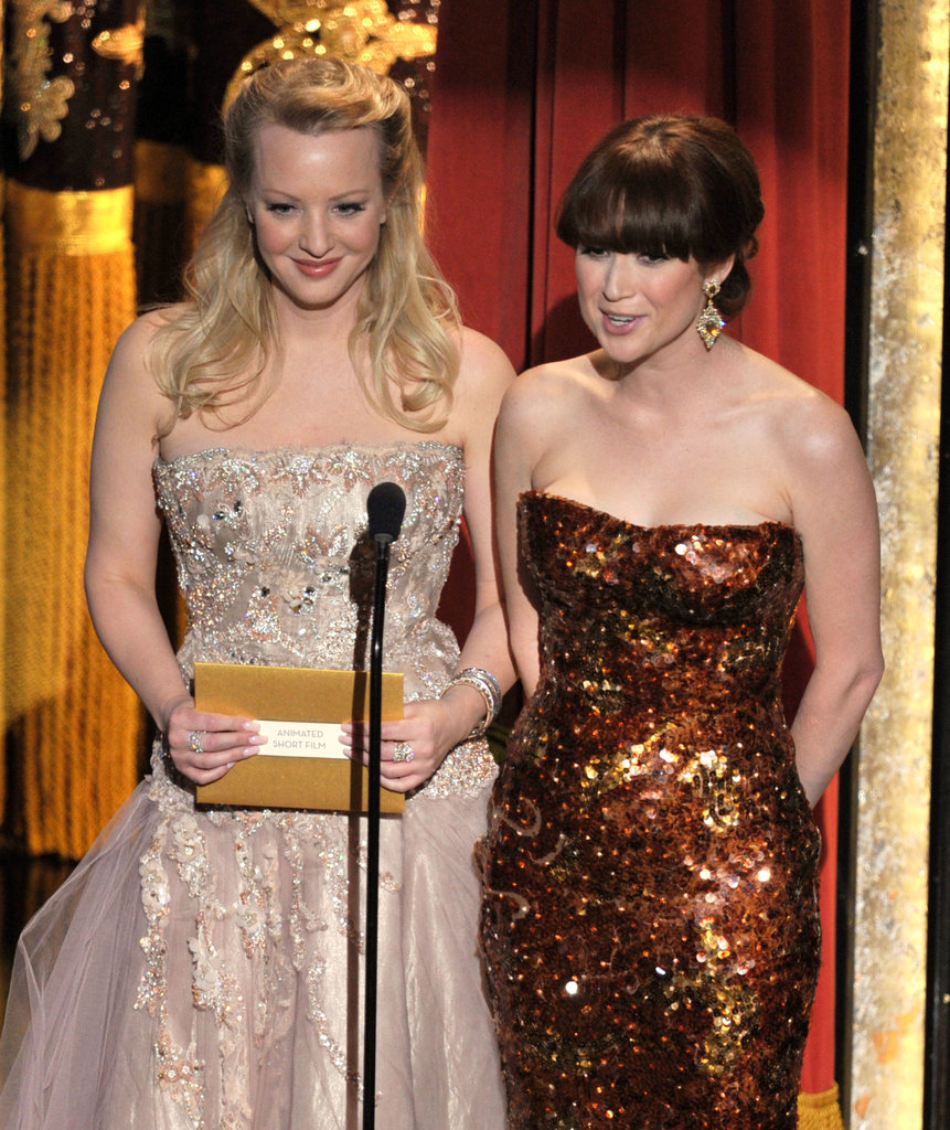 Wendi McLendon-Covey and Ellie Kemper