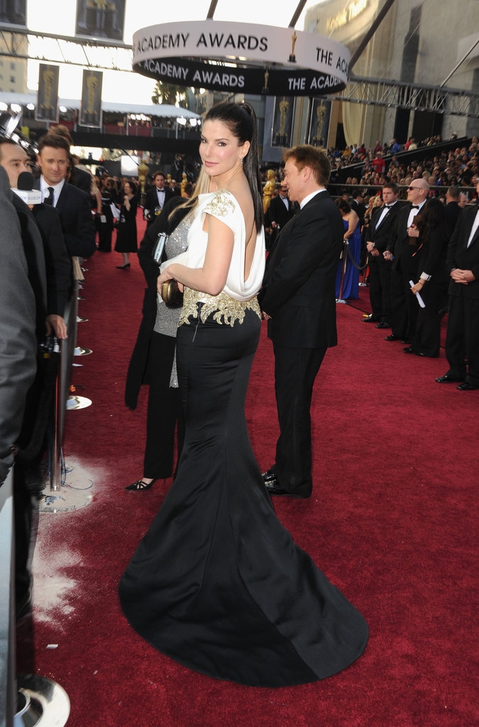 Sandra makes her way down the red carpet at the Academy Awards