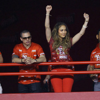 Jennifer Lopez Casper Smart and Fergie Pictures at Carnival