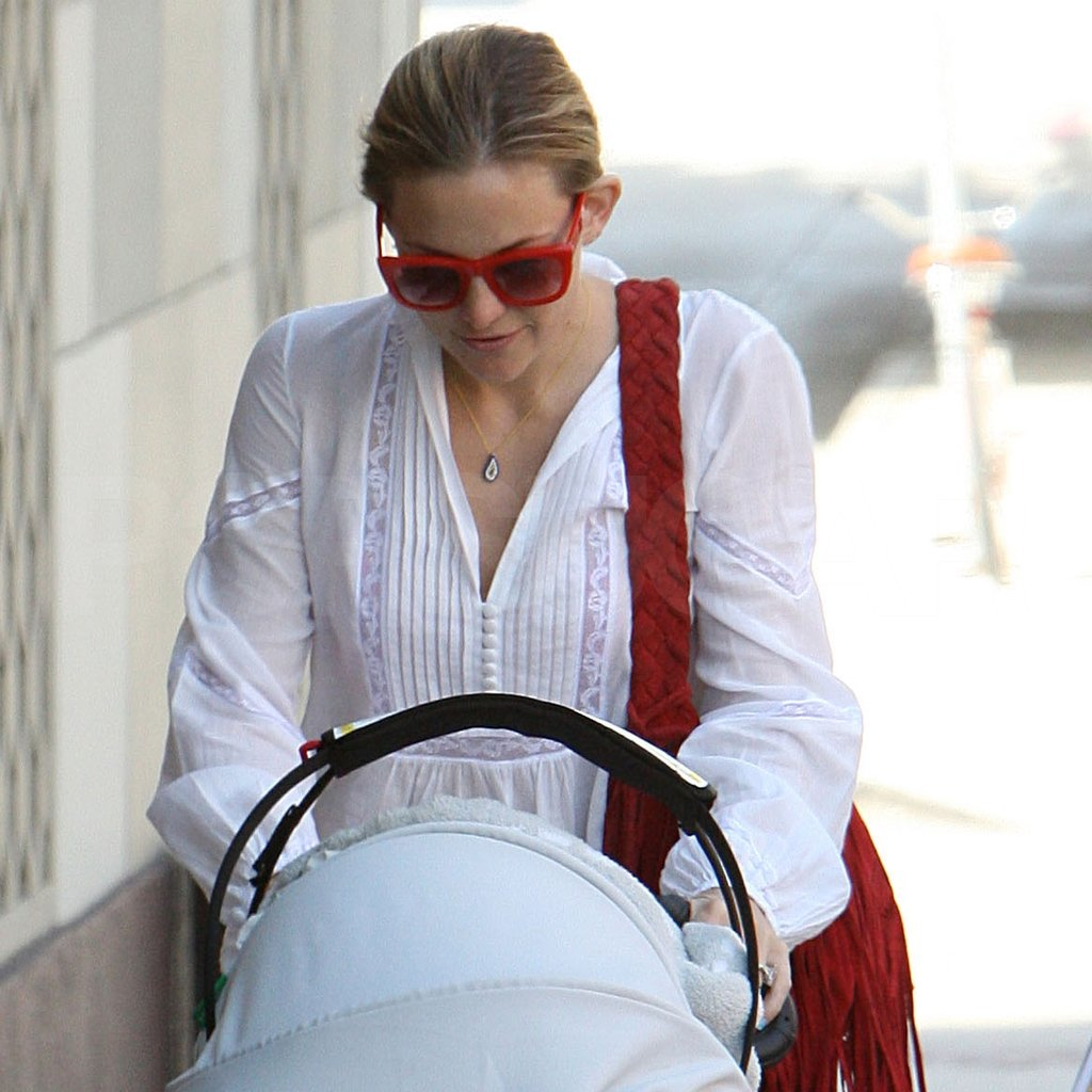 Kate Hudson played with her son Bingham Bellamy.