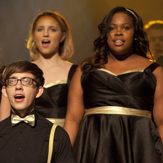 "Glee Recap ""On My Way"""