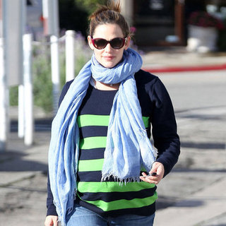 Jennifer Garner at Pressed Juicery Pictures