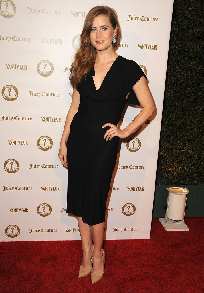 Amy Adams paired an LBD with nude pointy-toe pumps.