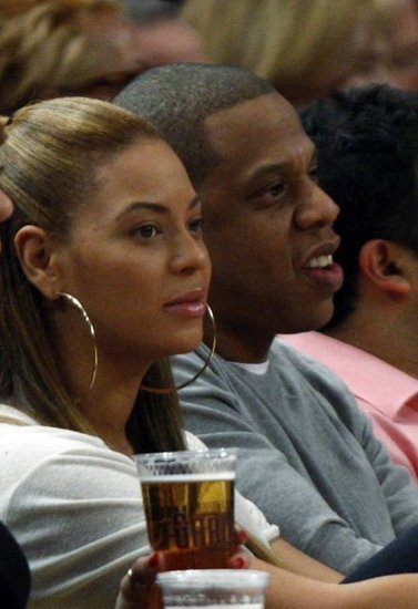 Jay-Z and Beyonce watch the New York Knicks play the New Jersey Nets at Madison Square Garden on February 20