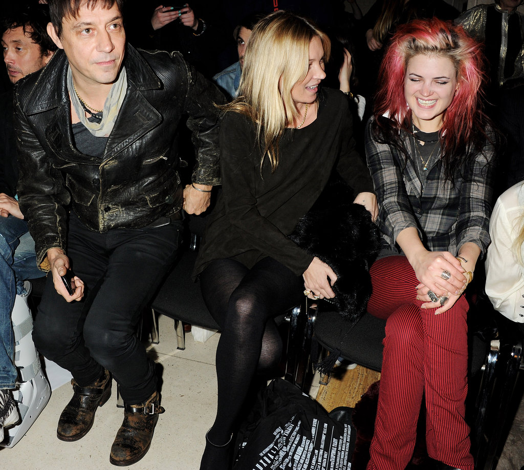 Kate Moss and Jamie Hince chatted with pink-haired Alison Mosshart, his bandmate in The Kills.