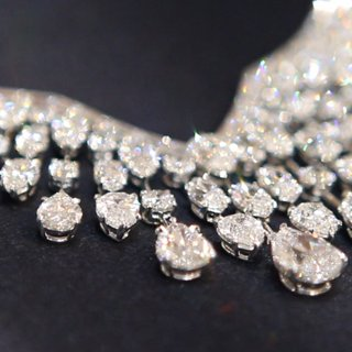 Harry Winston Red Carpet Jewelry