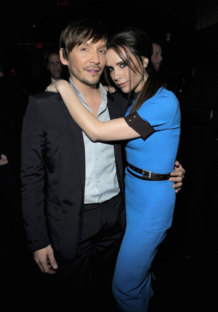 Victoria Beckham took a photo with Ken Paves.